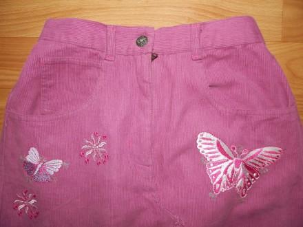 Продам стильную удлинённую вельветовую юбку Adams р.140. Украшена вышитыми аппли. Южний, Одеська область. фото 3