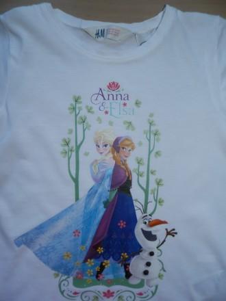 Продам футболку H&M с Эльзой и Анной р.122-128 состояние новой - срезали бирки и. Южний, Одеська область. фото 3