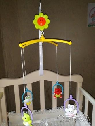 Продам мобиль на кроватку для малыша в отличном состоянии на 5+!Все работает!В к. Луганск, Луганская область. фото 1