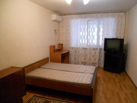 Сдам длительно 2-х комнатную квартиру.. Черноморск (Ильичевск). фото 1
