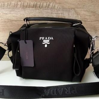 Стильная женская сумка Prada плащевка  Фурнитура: серебро  Сумочка имеет два. Одесса, Одесская область. фото 3