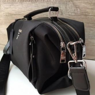 Стильная женская сумка Prada плащевка  Фурнитура: серебро  Сумочка имеет два. Одесса, Одесская область. фото 5