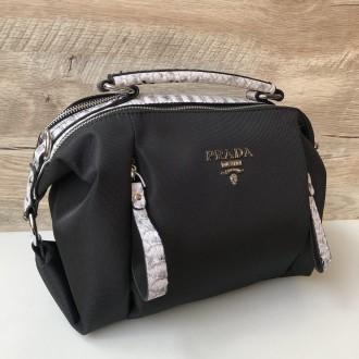 Стильная женская сумка Prada плащевка  Фурнитура: серебро  Сумочка имеет два. Одесса, Одесская область. фото 9