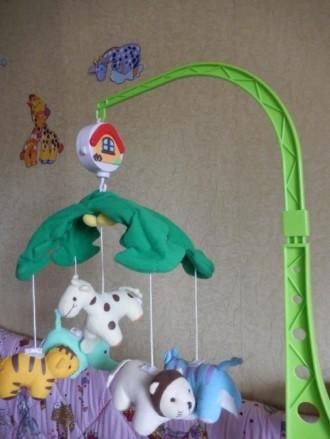 Закрепив игрушку на кроватку, малыш сможет засыпать под мерное вращение игрушек . Запоріжжя, Запорізька область. фото 3