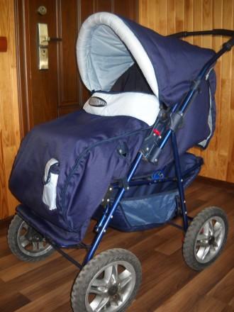 Детская коляска трансформер в отличном состоянии.. Сумы, Сумская область. фото 2
