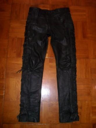 Есть ещё несколько кожаных курток / костюмов и брюк . Кожаные и из кожзаменителя. Киев, Киевская область. фото 3