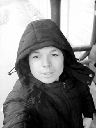 Русская девчонка трахнула языком подругу #14