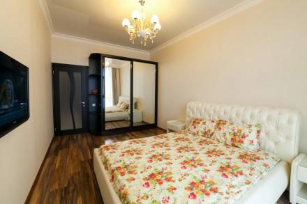 Сдаем в аренду 2-х спальную квартиру с прямым видом на море, расположенную на 17. Аркадия, Одесса, Одесская область. фото 5