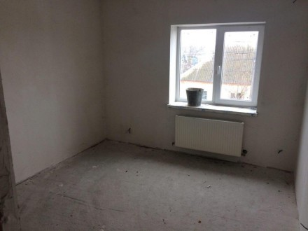 Продається двохповерховий будинок на піщаному масиві під внутрішні роботи.Загаль. Белая Церковь, Киевская область. фото 3