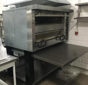 Продам печь для пиццы б/у Cuppone PA/24S рабочую с подставкой.  Находиться на с. Одесса, Одесская область. фото 4