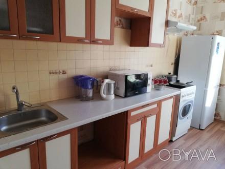 В квартире есть все , что надо для проживания : мебель, техника, посуда, постель. Поселок Котовского, Одесса, Одесская область. фото 1