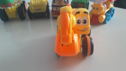 Машинки для мальчика. Южноукраинск. фото 1