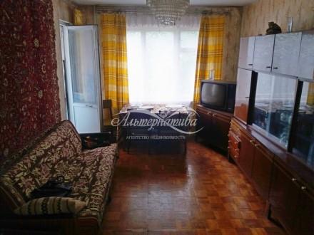 …3 комнатная квартира по улице Всехсвятская (район Нивы), на 4 этаже девяти этаж. Рокоссовского, Чернигов, Черниговская область. фото 2
