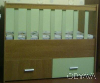 Детская кроватка деревянная в отличном состоянии,как новая).  Делалась под заказ. Чернигов, Черниговская область. фото 1