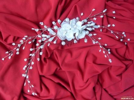 ... Свадебная заколка-гребешок. Украшение в виде веточки из бисера, жемчужных и. Измаил, Одесская область. фото 3