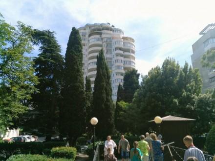 Ялта, Центр, 3-к квартира, 10-й этаж, вид на море, 500м до моря. Историческая и . Ялта, Ялта, Крым. фото 11