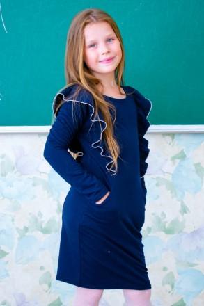 Продается школьное платье с рюшей. Житомир. фото 1