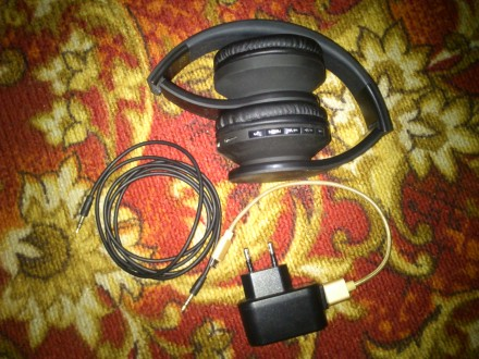 Навушники. Бар. фото 1