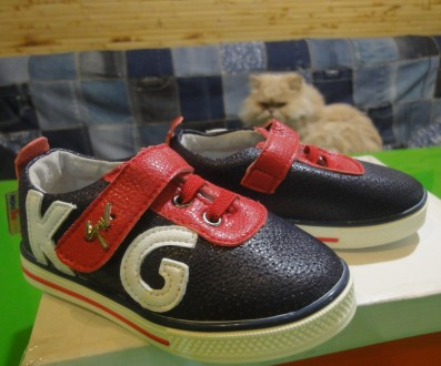 Кросівки нові синьо-червоно-білі. Киев. фото 1
