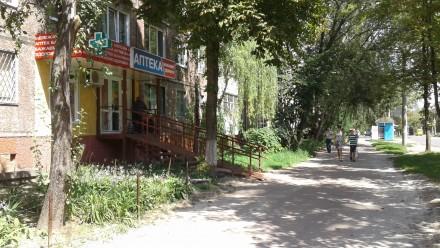 Продам 2-комнатную квартиру под магазин ул.Доценко. Чернигов. фото 1