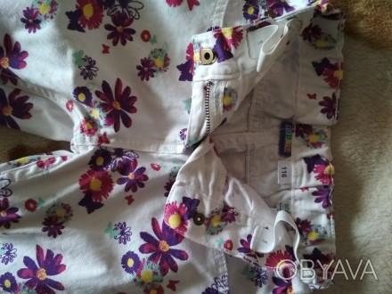 Летние джинсы. Лёгкие, яркие, красивые. На бирке рост 116 см. Состояние отличное. Черновцы, Винницкая область. фото 1