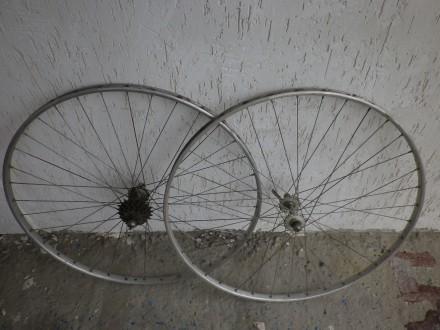 Колеса на велосипед. Чернигов. фото 1