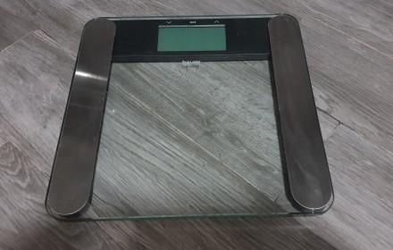 Продаются весы напольные BEURER BF 220. Киев. фото 1