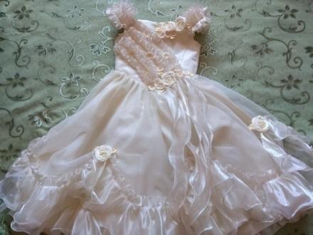 Шикарное платье на праздник ( + 1 пара перчаток в подарок ). Конотоп. фото 1