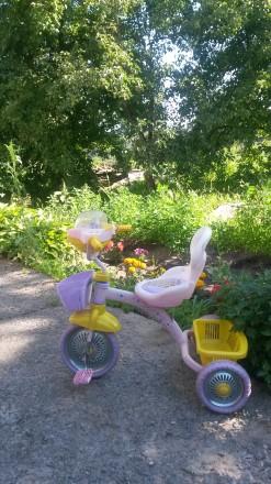 Красивый гламурный велосипед для маленькой красавицы. Кременчуг. фото 1