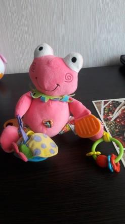 Подвесная игрушка на каляску Biba tyos. Забавный лягушонок.. Киев. фото 1