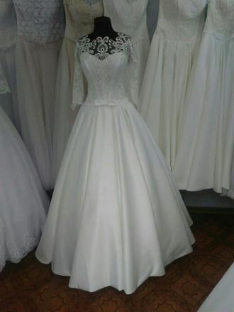 Свадебное платье. Черновцы. фото 1