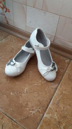 Туфли для дівчинки 35 розміру. Хмельницкий. фото 1