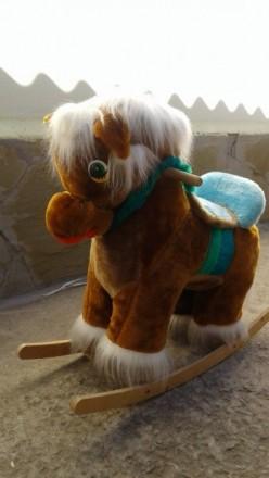Продаю игрушечную качалку-лошадь. Днепр. фото 1