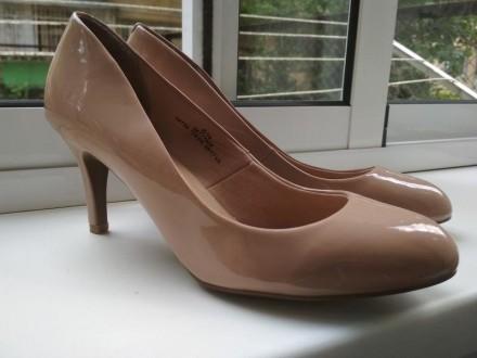 классические кремовые лаковые туфли лодочки 37 m&s marks & spencer. Сокиряны. фото 1