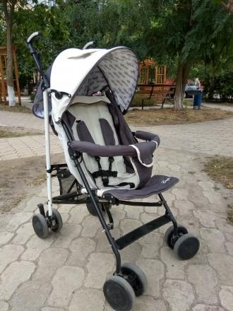 Прогулочная коляска в идеальном состоянии. Мариуполь. фото 1