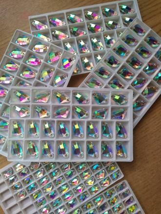 Стразы пришивные камни стекло капли, топорики, ромб, треугольник Crystal AB. Киев. фото 1