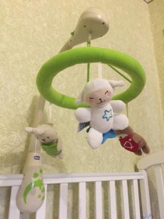 Мобиль на детскую кроватку chicco. Буча. фото 1
