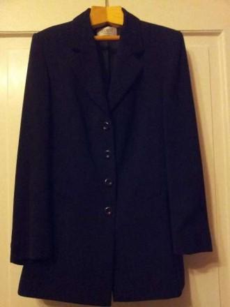 Строгий женский пиджак черного цвета. Ужгород. фото 1
