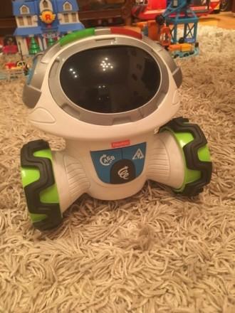 Робот Мови поощряет малышей дошкольного возраста думать и двигаться. Киев. фото 1