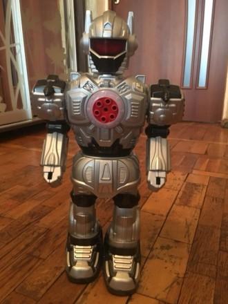 Игрушка робот. Киев. фото 1