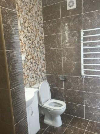 Оренда квартири в центрі міста! Квартира нова, укомплектована меблями та побутов. Центр, Ровно, Ровненская область. фото 5