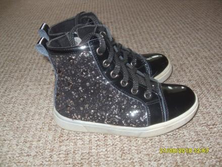Демісезонні черевички 29 р. на дівчинку. Львов. фото 1