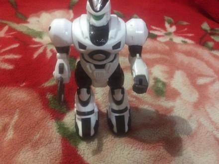 Робот. Днепр. фото 1