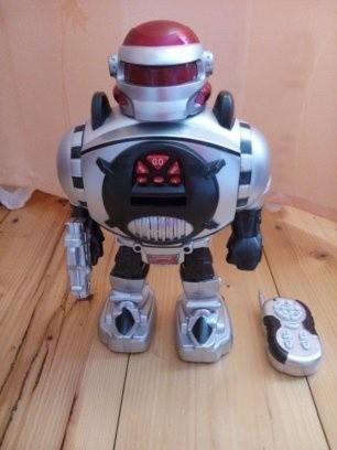 Іграшка-робот на радіоуправлінні. Киев. фото 1