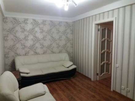2 х комнатная квартира проспект Соборный квартира с ремонтом. Вид с балкона на п. Александровский, Запорожье, Запорожская область. фото 9
