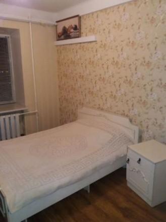 2 х комнатная квартира проспект Соборный квартира с ремонтом. Вид с балкона на п. Александровский, Запорожье, Запорожская область. фото 5