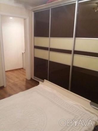 2 х комнатная квартира проспект Соборный квартира с ремонтом. Вид с балкона на п. Александровский, Запорожье, Запорожская область. фото 1