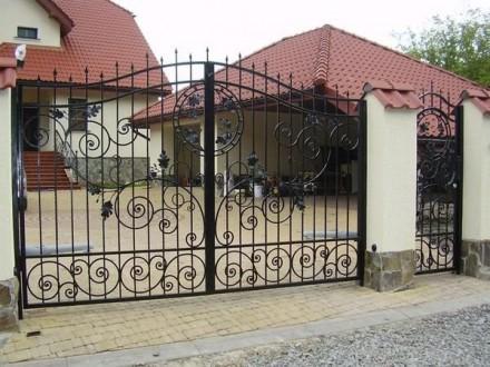 Откатные кованые ворота цена от 10 000.00 грн Цена калитки от 2 500.00 грн . Киев, Киевская область. фото 6