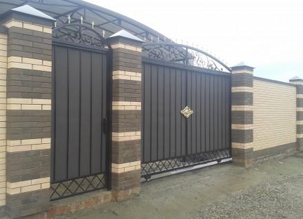 Откатные кованые ворота цена от 10 000.00 грн Цена калитки от 2 500.00 грн . Киев, Киевская область. фото 5