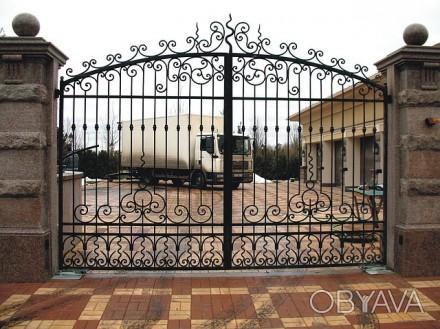 Откатные кованые ворота цена от 10 000.00 грн Цена калитки от 2 500.00 грн . Киев, Киевская область. фото 1